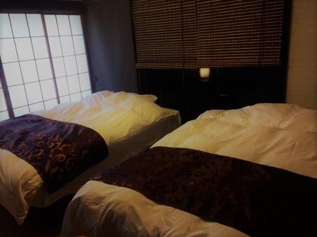 ◆一部屋限定:ベッド・トイレ洗面付き二間続き角部屋和室◆