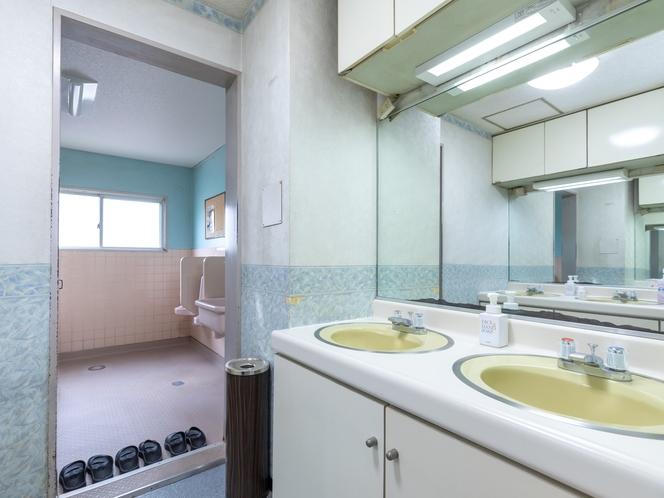 共用トイレ(男性)
