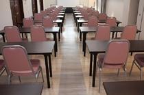 会議室(40名収容)