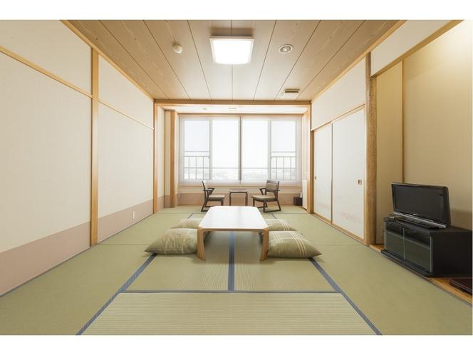 和室12畳4名様でもゆったりご利用いただけます。