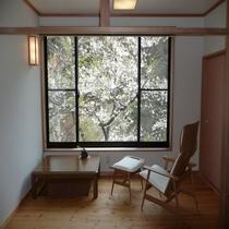 桐の花和洋室【花浅葱】の部屋から見える桜