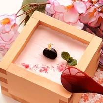 【期間限定デザート】3月~4月迄、桜プリンが、夕食膳に登場します♪インスタ映えするかな?