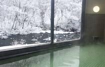 温泉(冬の風景)