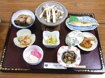 お食事例:山菜料理