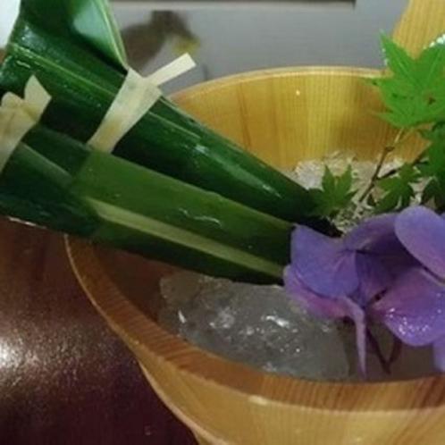 ■女将手作りのお着きのお菓子 【水羊羹】