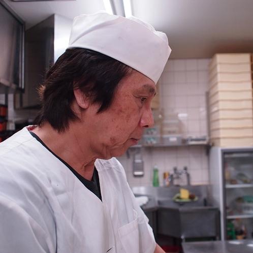 ■磯割烹の宿 山市 料理長