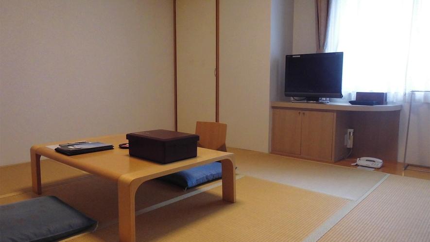 ◆【山側】和室8畳 29m2 定員3名 ◇禁煙◇(2)