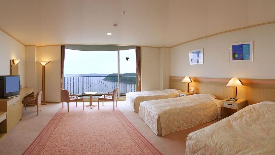 ◆【海側】洋室(トリプル) 52m2 定員4名 ◇禁煙◇(2)