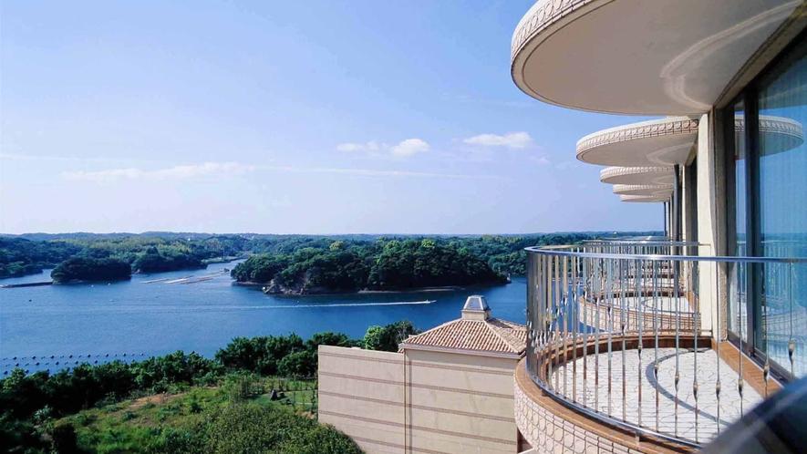 ◆的矢湾の雄大な景観美(客室テラスより)F