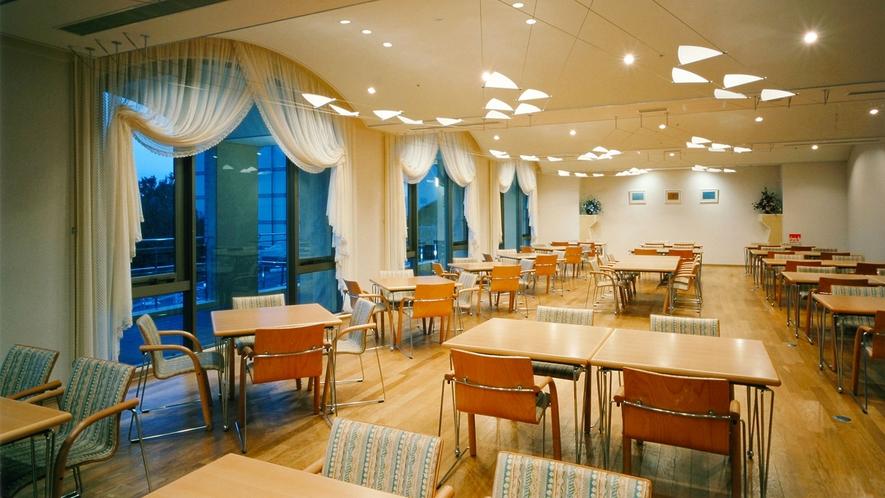 ◆レストラン-海色路-(海を望む食事会場)