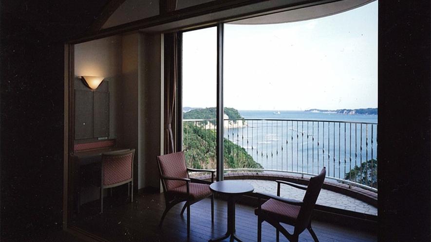 ◆客室の眺望(雄大な的矢湾・リアス式の景観)(3)