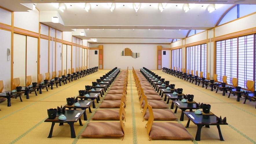 ◆宴会場(100名様までご利用可能)