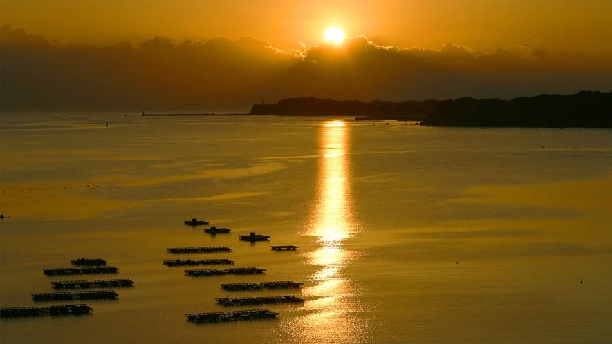 ◆的矢湾の雄大な景観美(客室テラスより)D