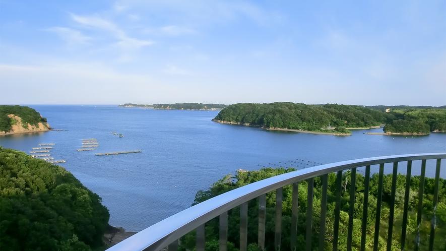 ◆客室の眺望(雄大な的矢湾・リアス式の景観)(1)