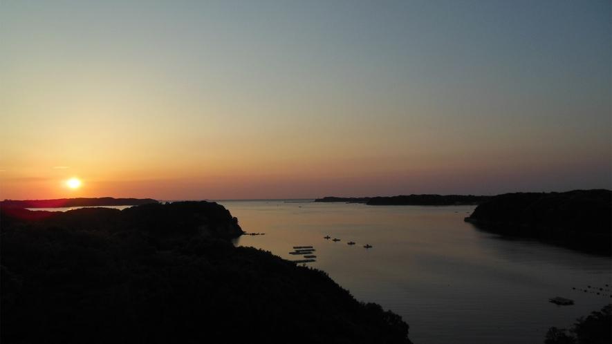 ◆的矢湾の雄大な景観美(客室テラスより)A