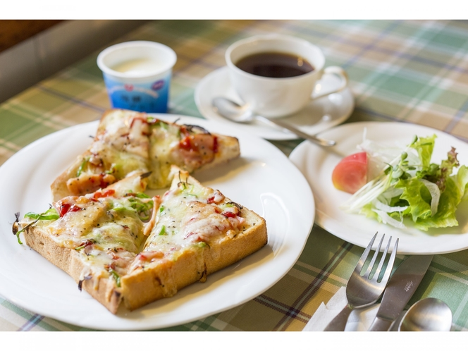 朝食 ピザトースト