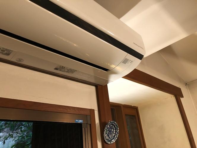 食堂 冷暖房エアコン