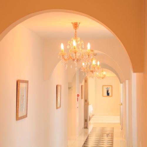 ●「渡り廊下」フォトスポットで人気です。