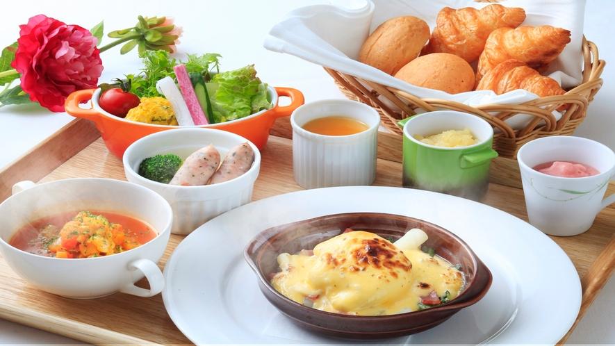 ■パンとご飯の両方をご用意した和洋食をお愉しみいただけます。