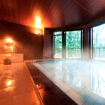 大きな窓から緑を眺めて【風呂】大浴場