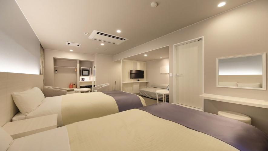 ■「スタンダードツイン」他のお部屋とは異なる色合いをお愉しみください。※2部屋のみ