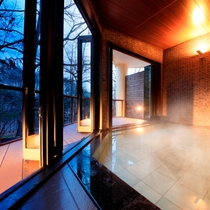 美肌の湯でつるすべ肌に【風呂】大浴場