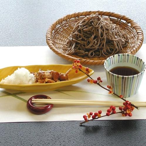 *お料理(一例)地元を知りつくした当宿の板前が、季節ごとの美味しさを皆様にお届けいたします。