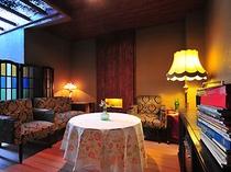 客室に備え付けられている家具