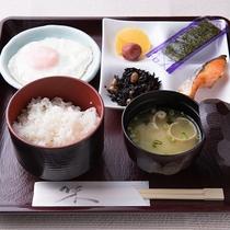 *【朝食一例/和食】和食は7時からご用意が可能です。