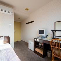 *【客室一例/シングル】ビジネスのお客様におすすめのお部屋です。