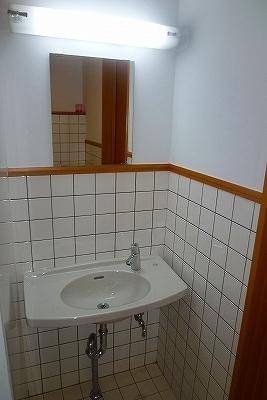 男子トイレ4