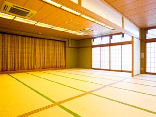 和風大広間 合宿のご利用や出張中の息抜きにおすすめの広々16畳のお部屋