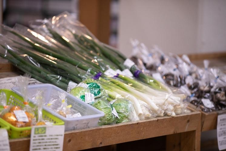 直売所 神戸市西区産の朝採れ野菜を販売しております♪