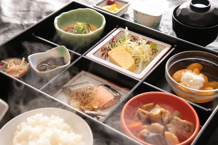 朝食膳 旬の味覚と郷土の味が並ぶ、できたての和食膳を召し上がれ