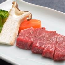 ご夕食の一例(飛騨牛)