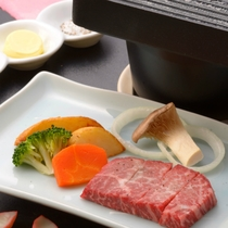 ご夕食の一例(飛騨牛ステーキ)