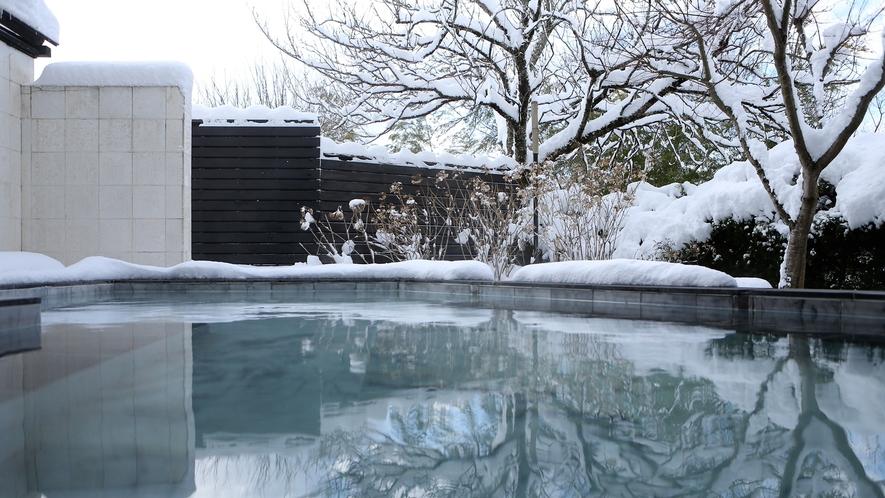 冬の露天風呂■