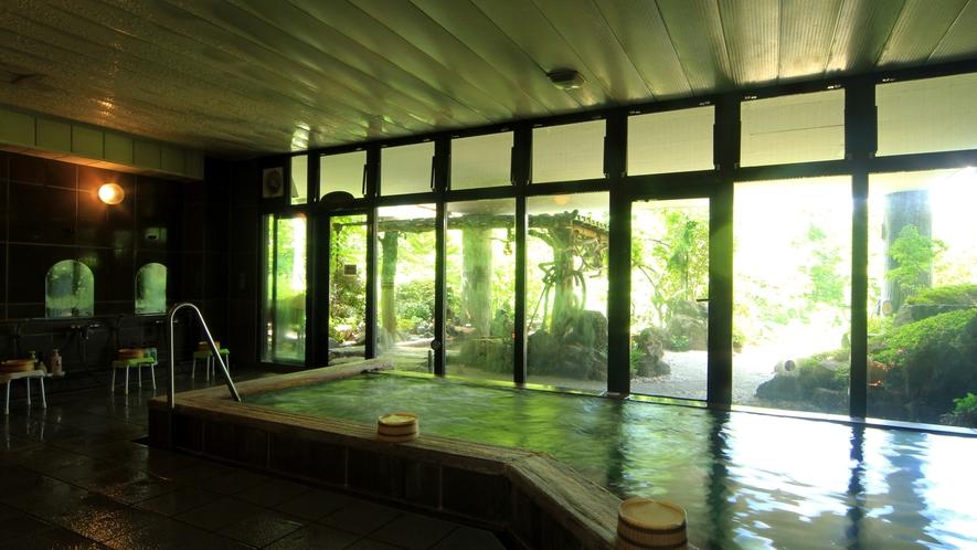 【美麗の湯】自家源泉100%、柔らかい湯触りが「美人の湯」としても名高く、地元で愛される温泉。