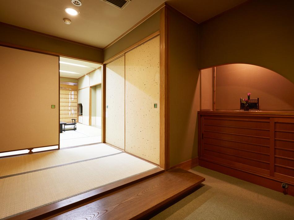 入口・新館・明亭デラックス55平米