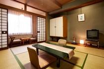 客室・和室スタンダード28平米(山側低層階)