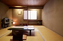 客室・和室スタンダード28平米(山側共用バスルーム)