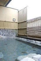 トロン温泉露天風呂