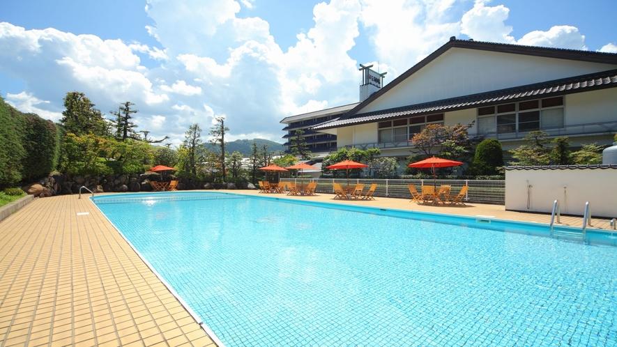 【屋外プール】夏期限定オープン★ご宿泊のお客様は無料でお楽しみ頂けます♪