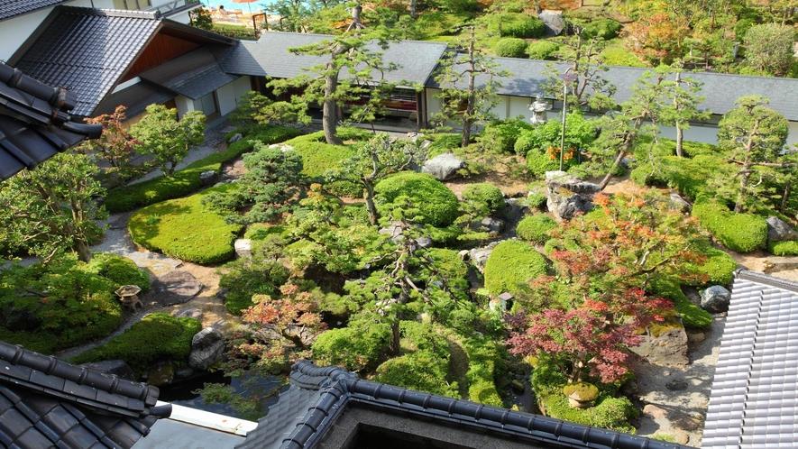 【日本庭園】客室からの眺め