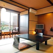 【磯浜庭園を望むテラス付客室(和室10畳)】落ち着いた和室