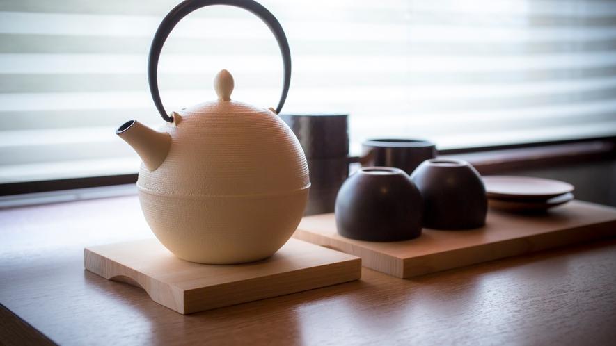 山側和洋室お茶セット