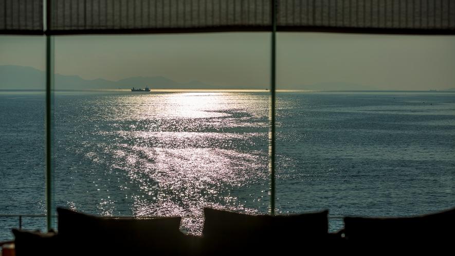 【ロビー ロカ岬】ロビーの風景