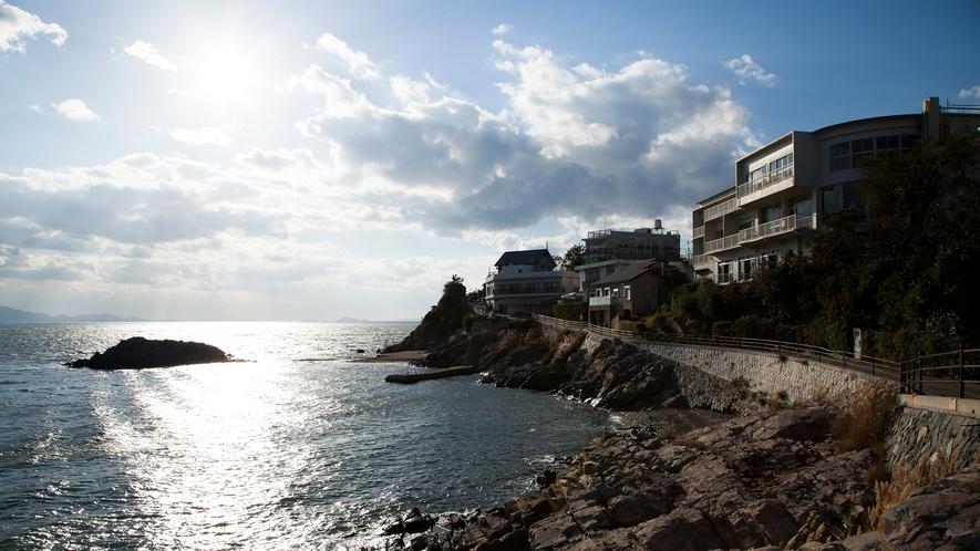 瀬戸内海に面した銀波荘