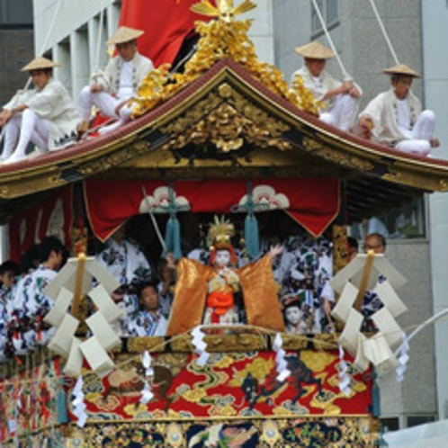 【祇園祭】7月の1か月間にわたり開催される、京都の伝統的なお祭りです♪