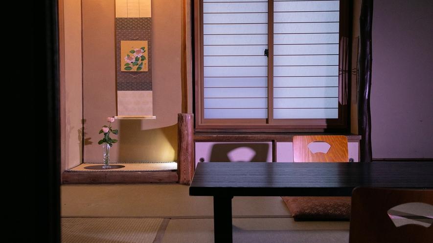 木の温もり溢れる昔ながらの空間【和室バス・トイレなし】【グループ部屋】